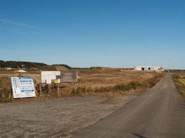 東インターの料金所付近から。右側が神崎インター方面。
