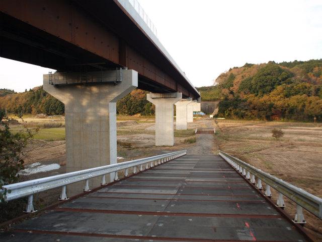 芝第一高架橋。画面奥が下総インター方面。