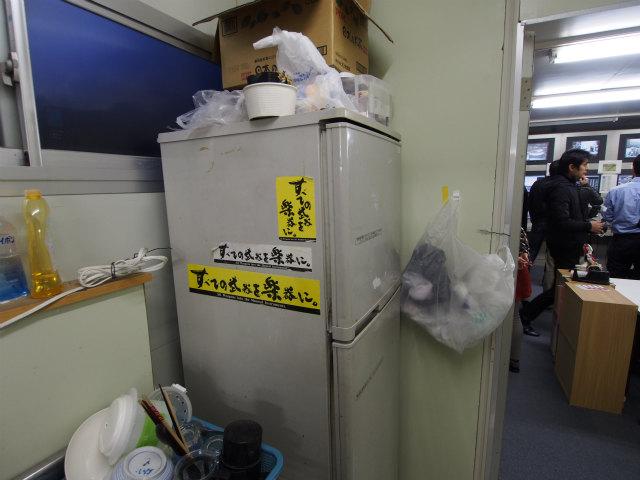 シールドマシンのオペレーター室。防犯上、場所は明かせません。