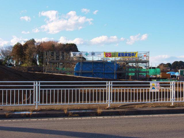 桶川インター内を通る、カルバートボックスを建設中。