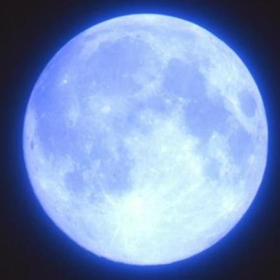 bluemoon54_2091565316_n.jpg