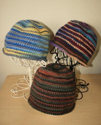 こま編みの帽子(099)