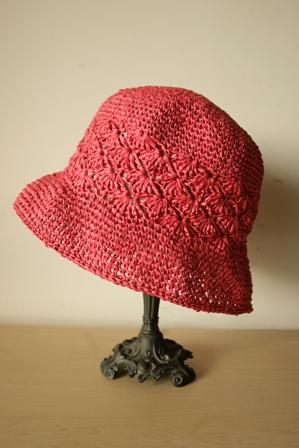 和紙の帽子・赤1