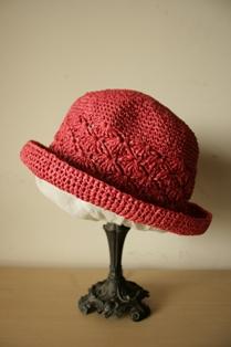 和紙の帽子・赤2