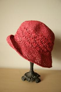 和紙の帽子・赤3