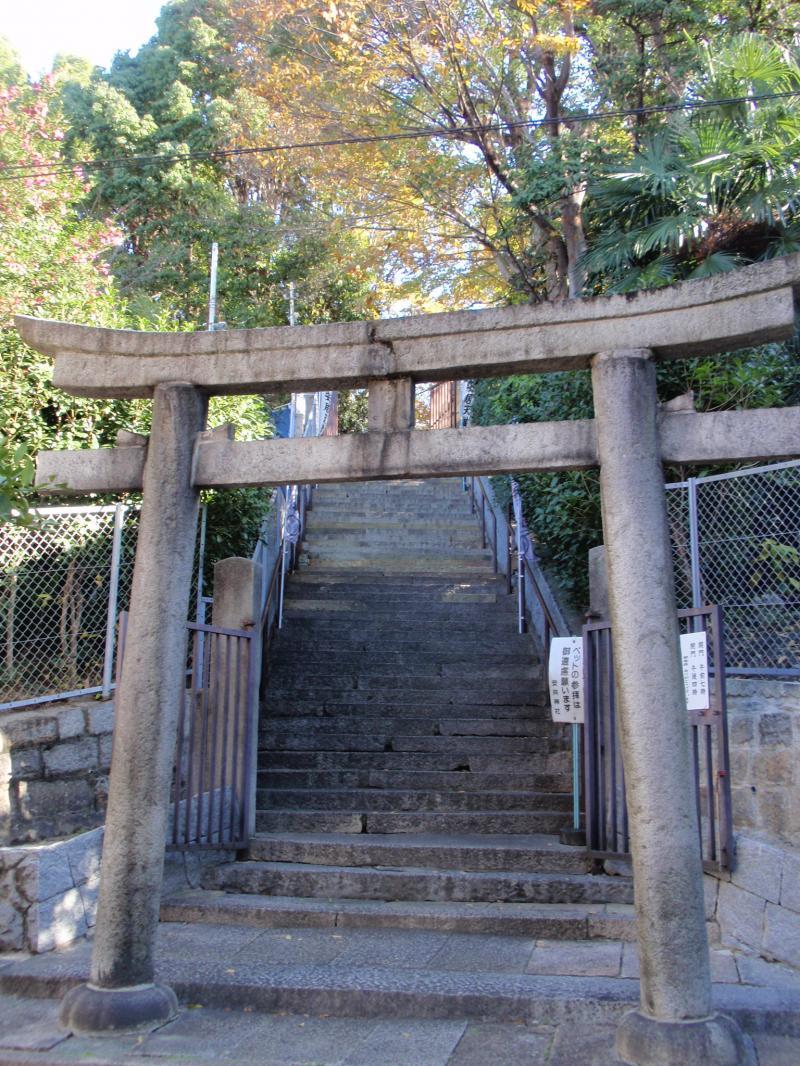 安居神社3