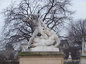 Musee-du-Louvre15.jpg