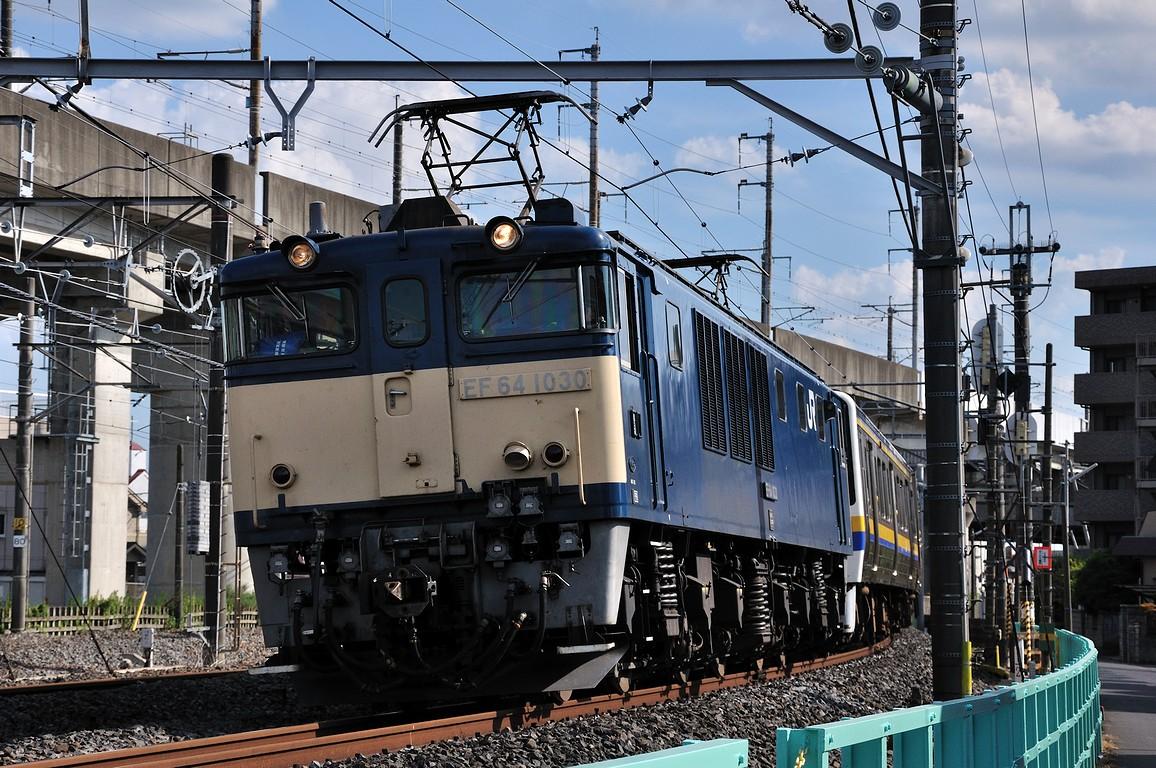 2012.08.26 1514_12(1) 久喜~新白岡 EF64 1030+211系s