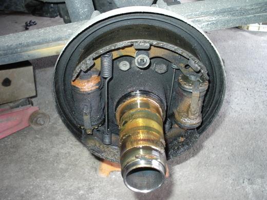 キャンター後輪ブレーキ8