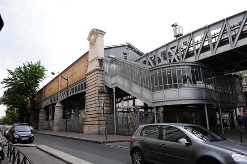 ラモットピケグルネル駅