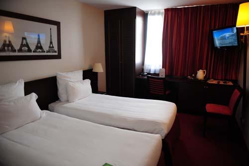 ホテル コンコルド モンパルナス