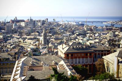 ジェノヴァ旧市街と旧港1