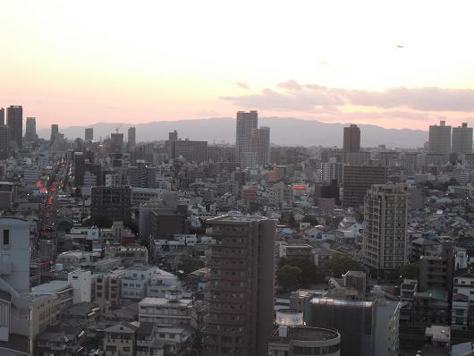 3 大阪市内の夕暮れ