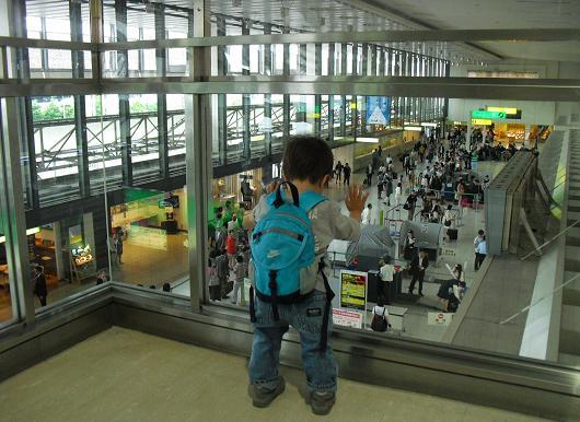 13 大阪空港・ANAターミナル側