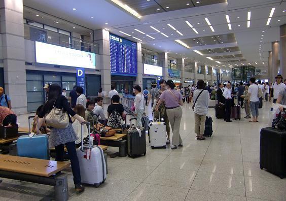 8 仁川空港・到着ロビー