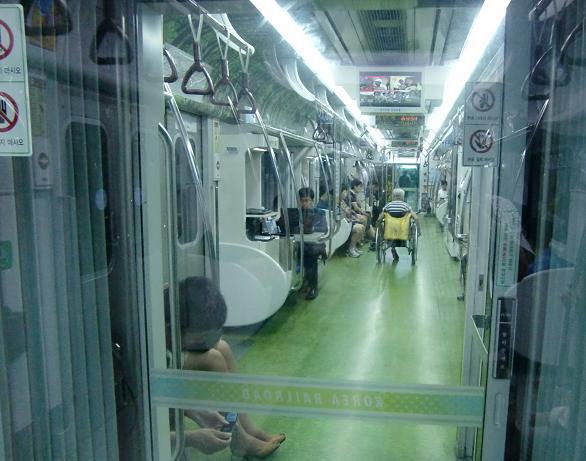 8 地下鉄のドクター車両