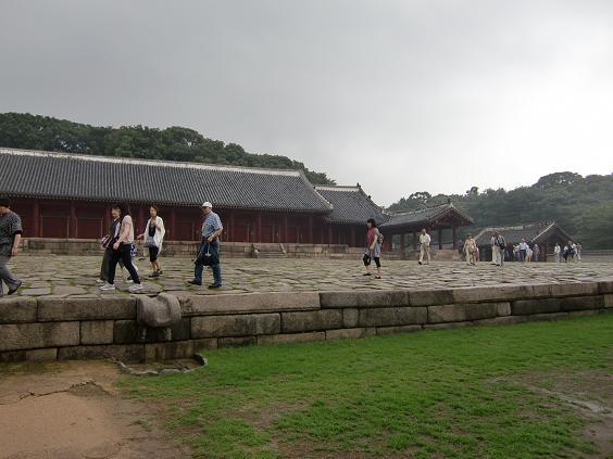 13 宗廟・正殿の全景