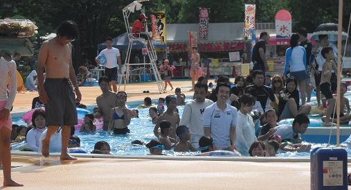 7 流れるプール