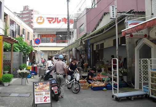 2 雑餉隈駅前・商店街