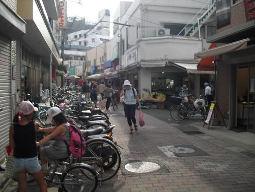 3 雑餉隈駅前・商店街