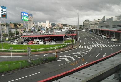 1 福岡空港・第3ターミナル方向