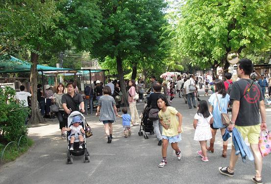 5 多くの人出・天王寺動物園