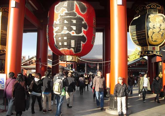 9 浅草寺
