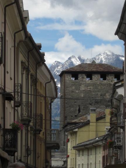 7 イタリア・アオスタの街