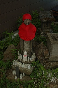 介山荘の石仏