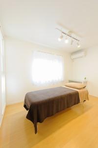 24k4西川スポーツマッサージ治療院室内1