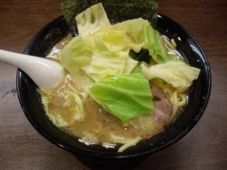 麺達うま家 らーめん+キャベツ