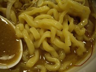 海老だしの哲 海老だしの醤油らーめん(麺)
