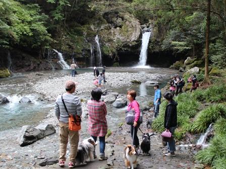 陣馬の滝 (2)