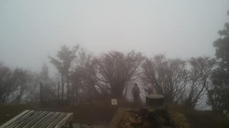 20141130⑥山頂からは何も見えません