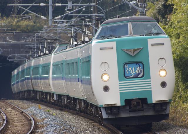 131230-JR-W-381-kuroshio-9cars-inahara-1!.jpg