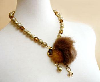 Fur&Crystal-N-br2