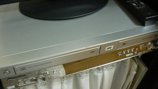DVDデッキ
