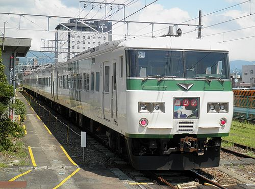 宮オオ185系「C1」編成(2013年8月4日・三島駅)
