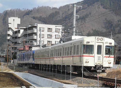 富士急行1000・1200形、1001+1206編成(2014年1月26日・禾生~赤坂間)1