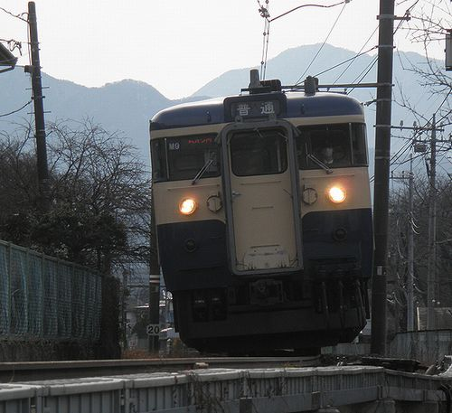 八トタ115系「M9」編成(2014年1月26日・上大月~田野倉間)