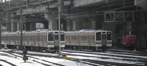 高タカ211系(2014年2月10日・大宮総合車両センター)
