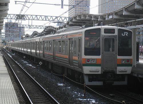 高タカ211系「C16」編成(2014年2月10日・さいたま新都心駅)
