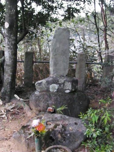 山県大弐の墓