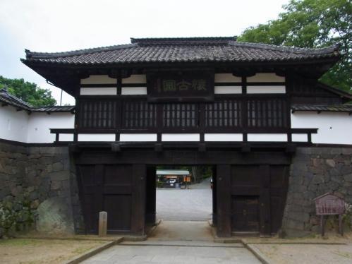 小諸城三の門