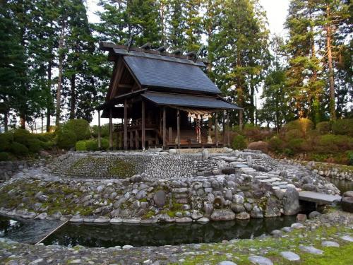 7唐松神社のなんだこりゃ (1200x900)