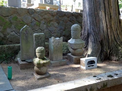 3真田信ただの墓 (1200x900)