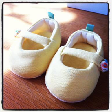 縫いベビ靴