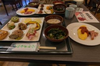 朝食で満腹