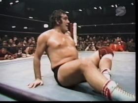 ロビンソンの膝のダメージは深刻か?