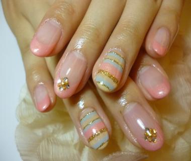 ピンクきれいフレンチ×カラフルボーダーネイル